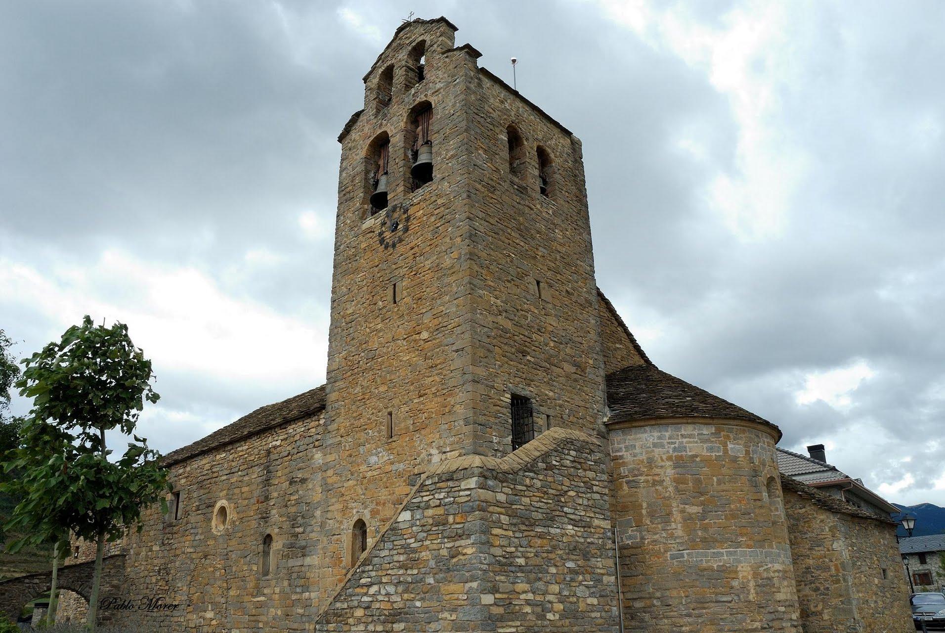 Hotel El Mesón :: Castiello de Jaca, Huesca :: En el Pirineo